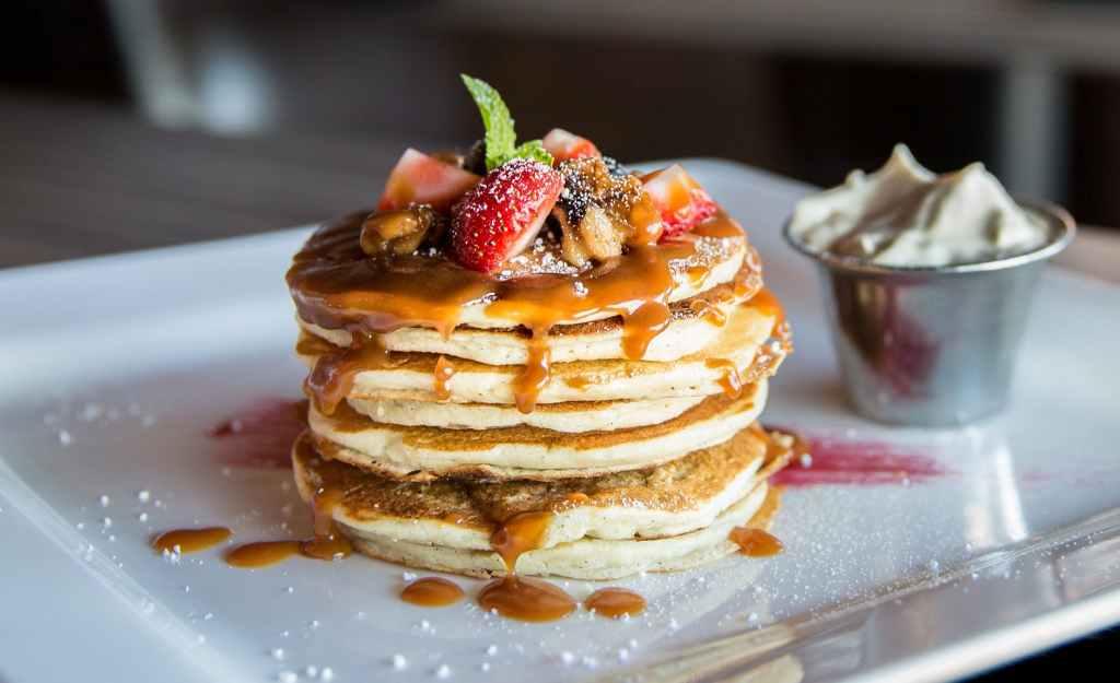 Pancakes aux fruits